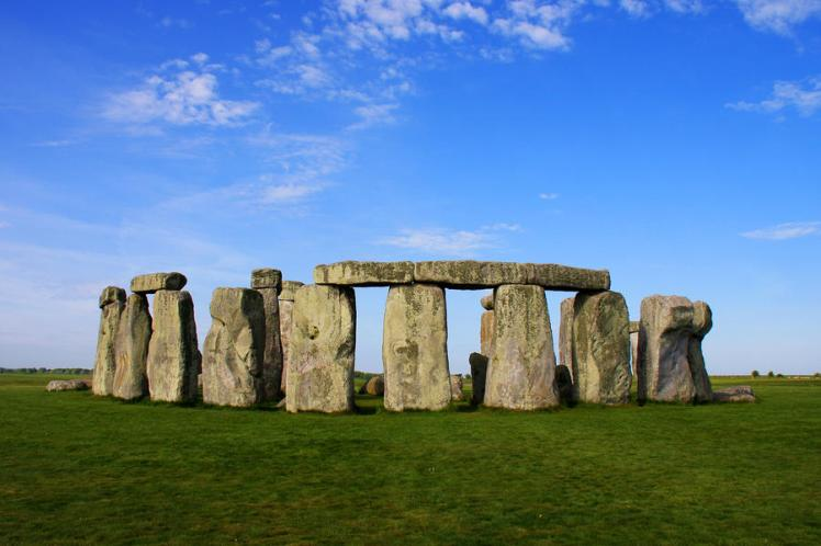 interesting-facts-about-stonehenge-for-kids.jpg