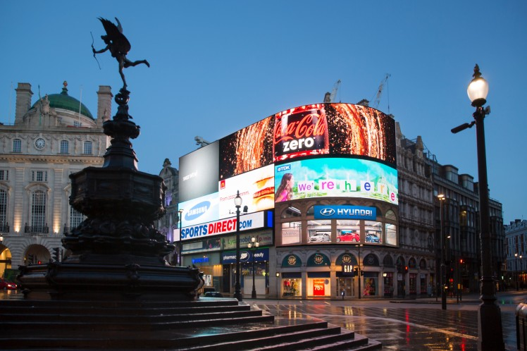 Picadilly-Circus-2-X3-1.jpg